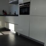 Keuken met staande greeplijst